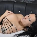 Sexcamgirls mit schwarzen Haaren